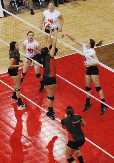 NAIA Volleyball Tournament: Union eliminated by Jamestown