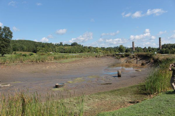 Decayed pipe results in large pond drainage at SCC - Laurel Campus