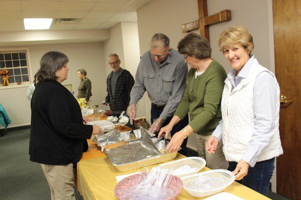 In the season of thanksgiving: Community gives through community dinner, food baskets