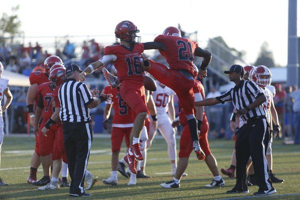 Cardinals' defense leads in 21-8 win over Boyd County