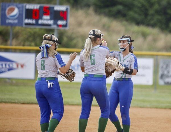 Lady Jaguars claim district crown with 8-1 win over Jackson County