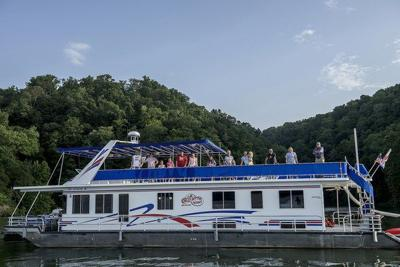 A chance to win a houseboat vacation on Lake Cumberland