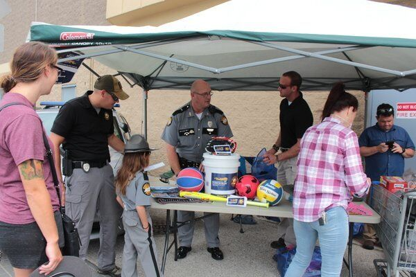KSP helps Special Olympics with 'Cover the Cruiser' event