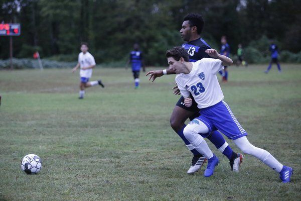 Jaguars fall 4-2 in 49th District Boys Soccer Tournament