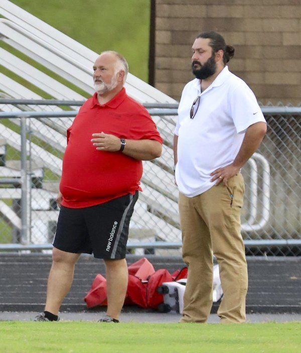 RED-HOT CARDS: South Laurel runs win streak to four games