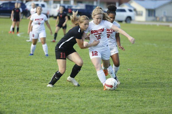 Lady Cardinals go 2-0 in latest match-ups