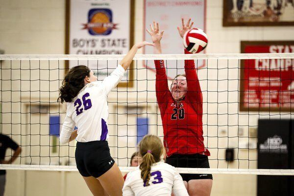 Lady Cards defeat Somerset in three straight sets