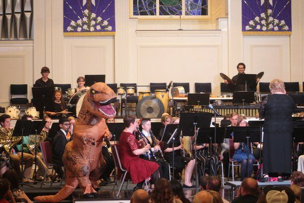 NLHS Band hosts 'A Night at the Movies' | Local News