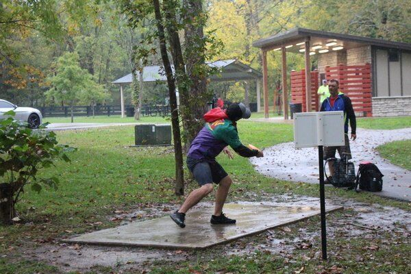 Disc golf tournament held at Whitley Branch Veterans Park