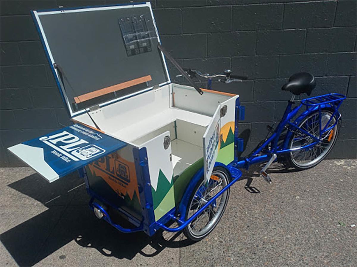 20210706-MAG-bookbike1