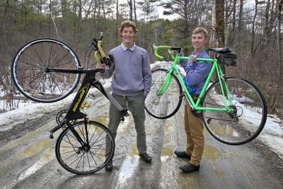 20211006-LOC-Cyclists
