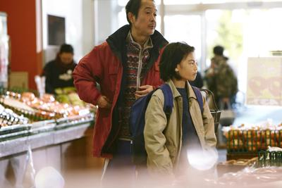 FILM-SHOPLIFTERS-REVIEW