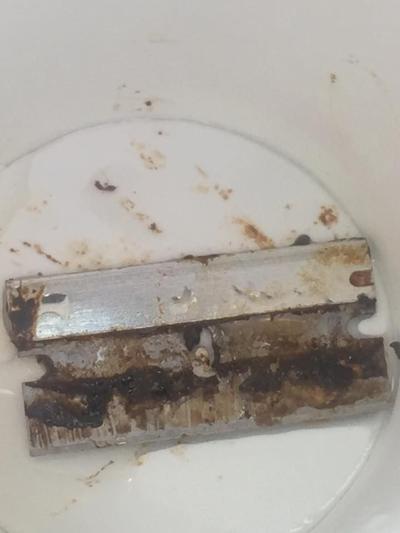 Razor blade found in soda
