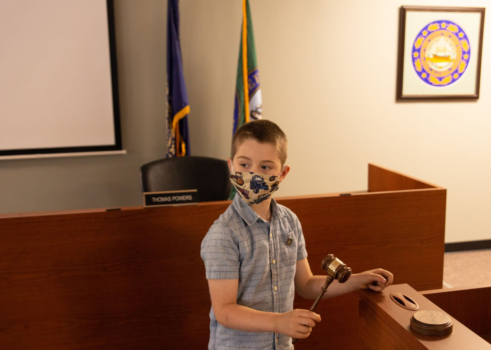 7-year-old takes gavel for the day as Keene's first 'kid mayor'