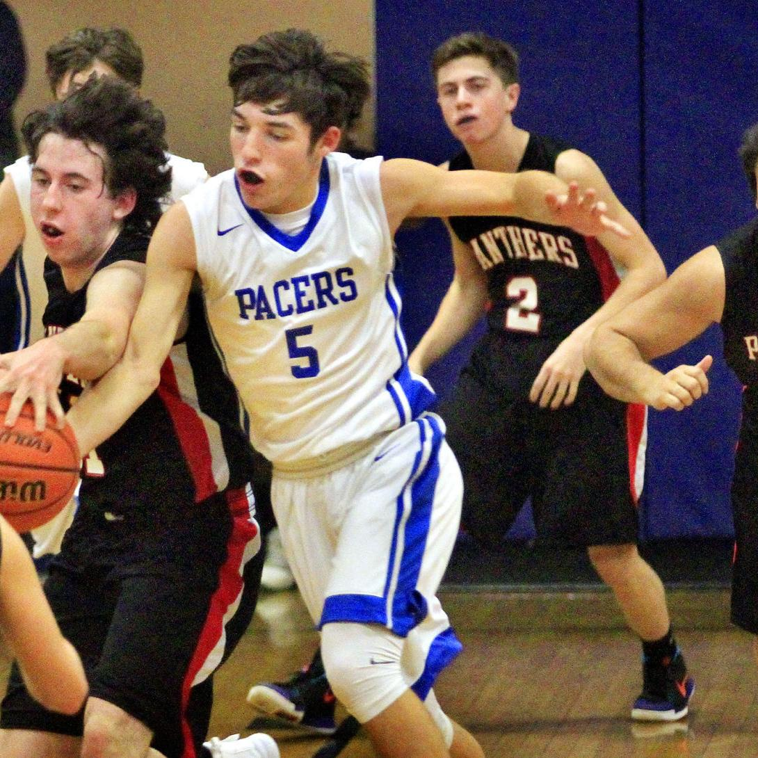 Hinsdale boys suffer last-second loss in opener to Moultonborough