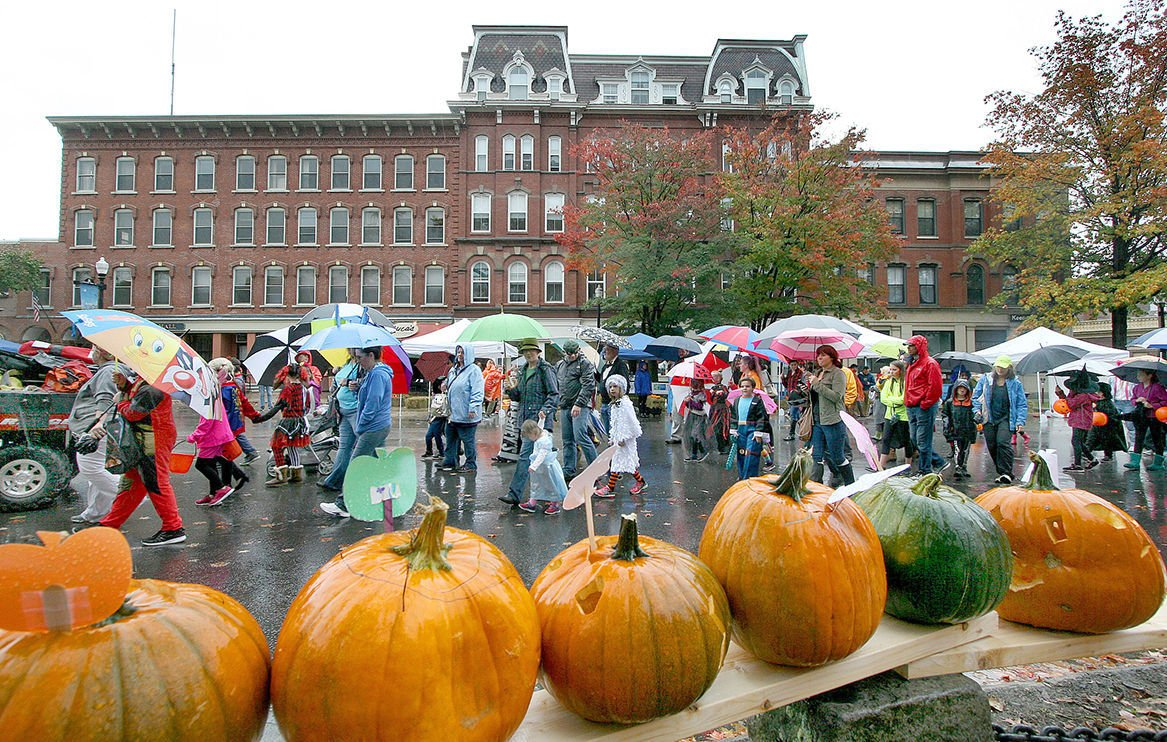 Scaled-down version of Keene's pumpkin festival a hit with