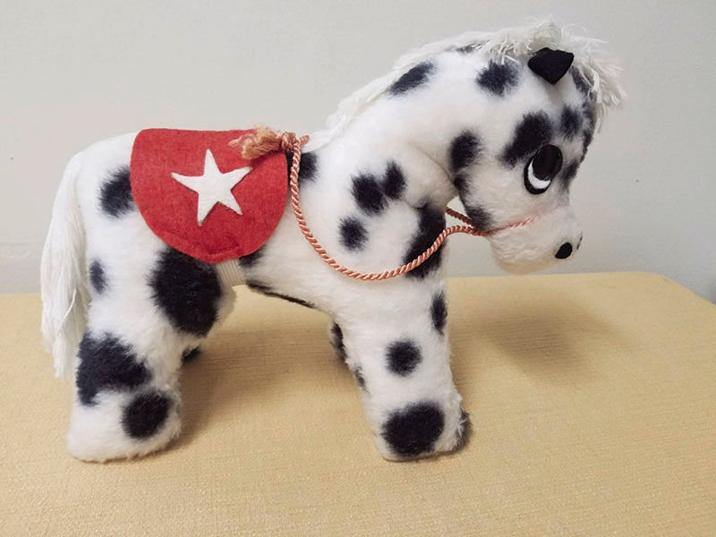 Douglas plush horse
