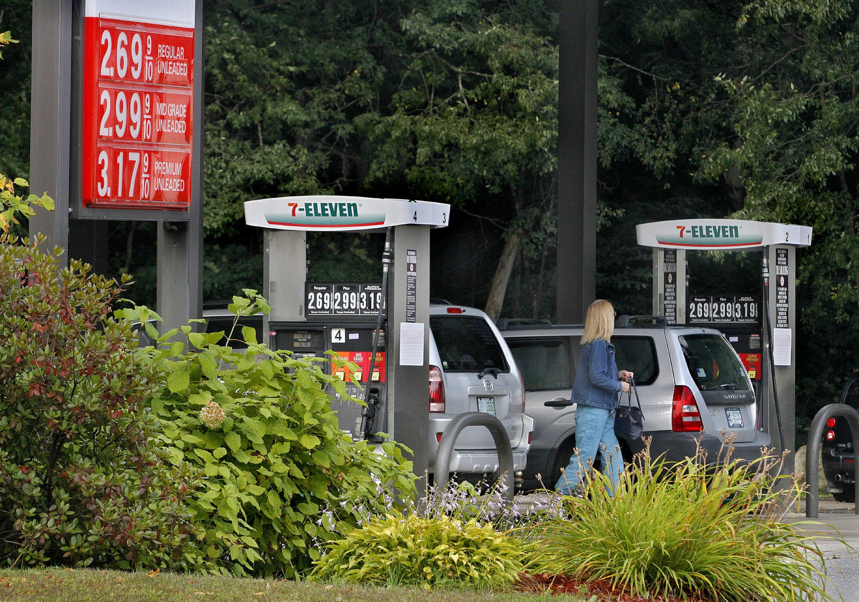 Gas prices rise post hurricane, but not to staggering amounts