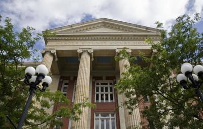 Mercer courthouse.jpg