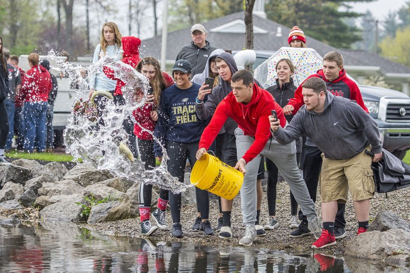 WM students get schooled at fish release