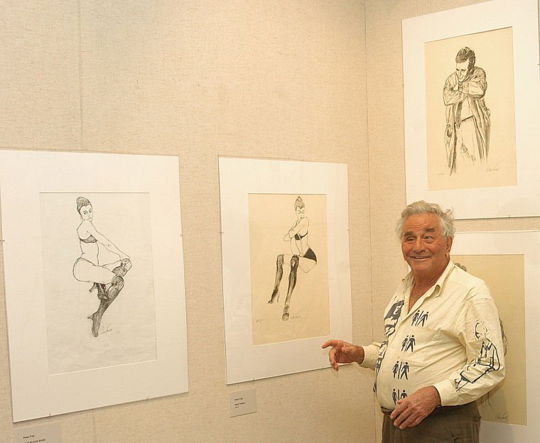 It s all about the pose actor peter falk keeps his for Basic portrait painting