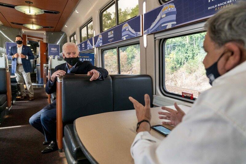 Biden campaign rides the rails through Ohio, Pa.