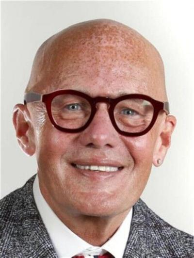 Herald editor wins national writing award