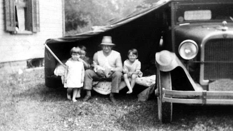 LS-hurl2-family and car.jpg