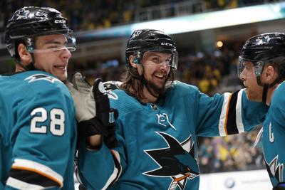 Sharks Karlsson Hockey