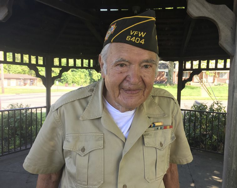 Town salutes its vets with a quiet ceremony