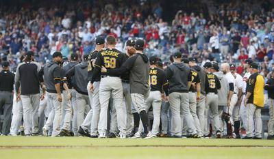 Pirates Braves Baseball