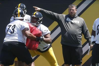 Steelers Surratt Football