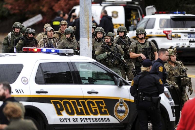 11 dead, 7 injured after gunman attacks Pittsburgh synagogue