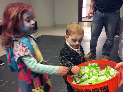 file bowl candy TrickorTreat3.JPG