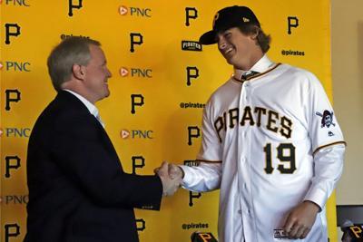 Pirates Priester Baseball