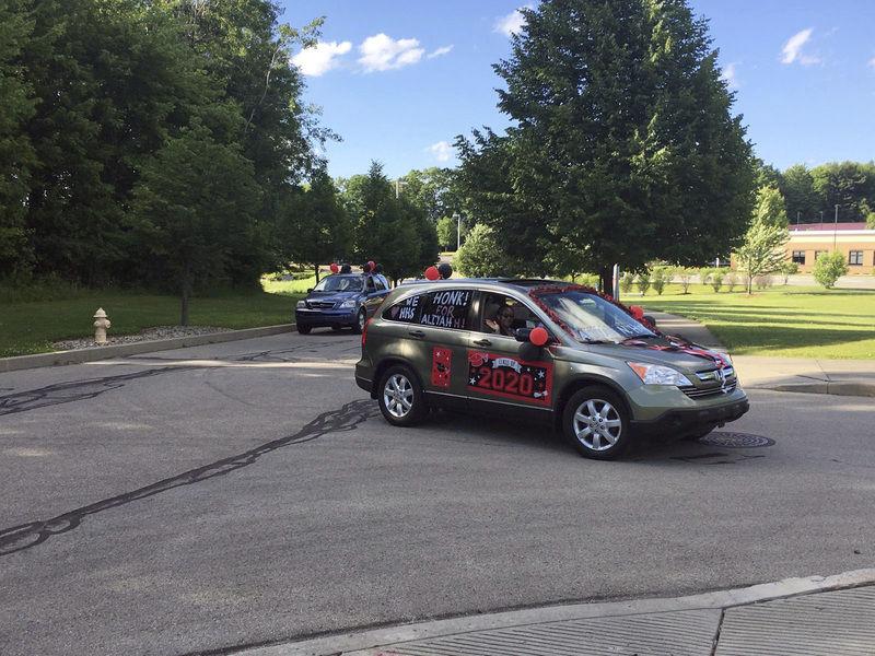 Hickory High School graduates hold parade