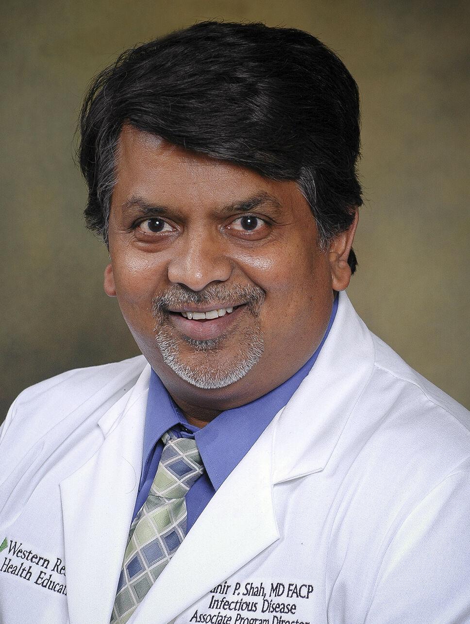 Shah, Munir dr photo.jpg