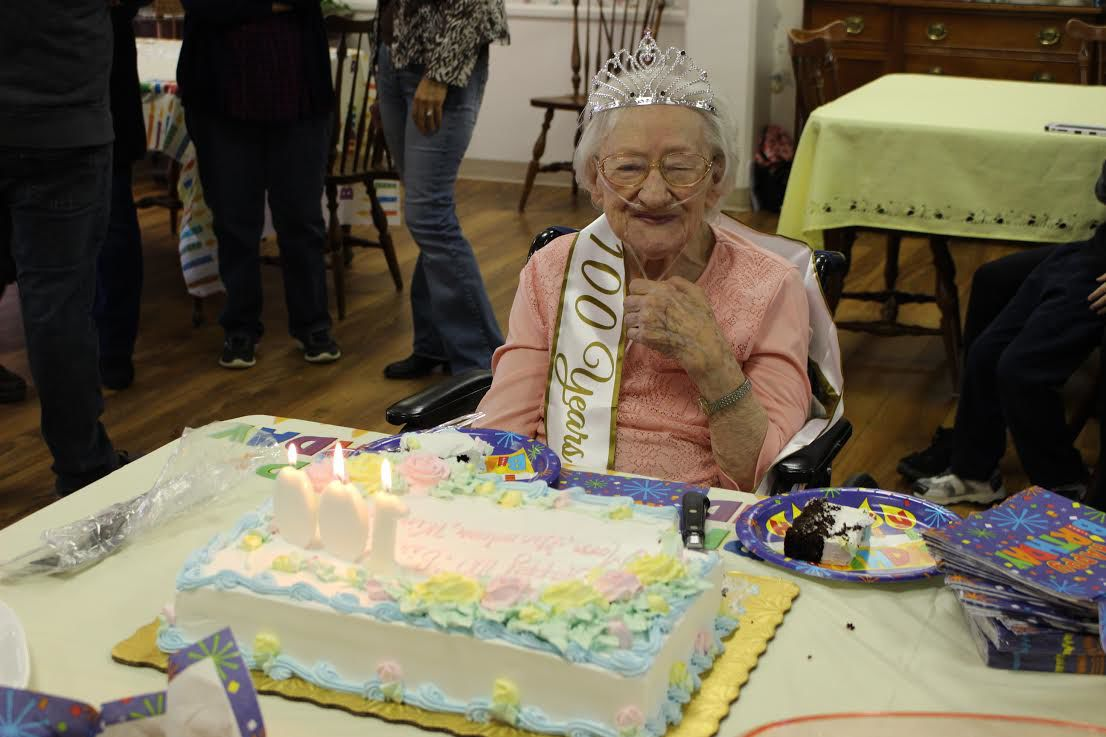 Winifred Naugle Celebrates 100th Birthday Surrounded By Family