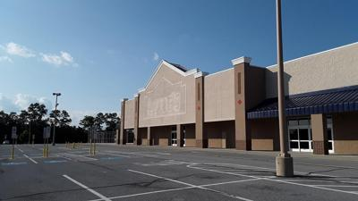 Lowe's building