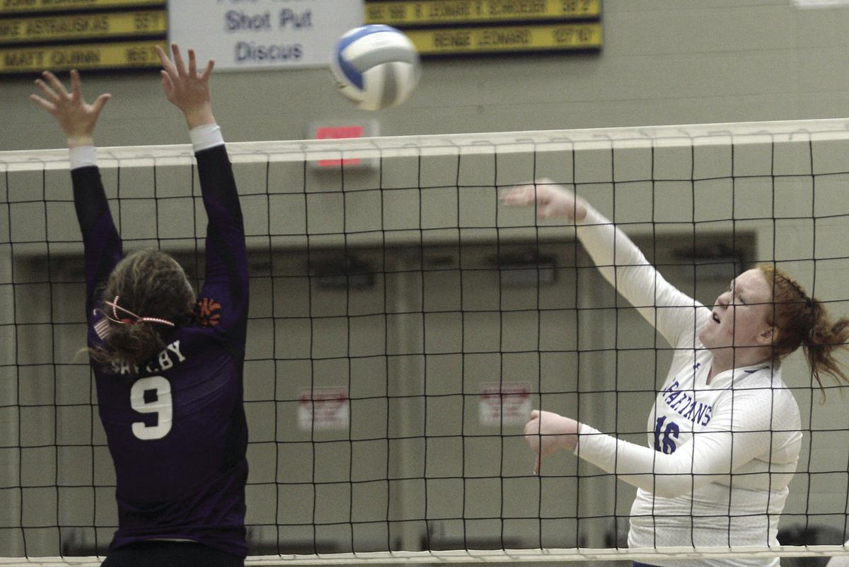 Shelby at MCC volleyball