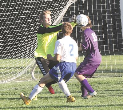 Falcons Play Hard In Loss To Montague Oceana S Herald Journal