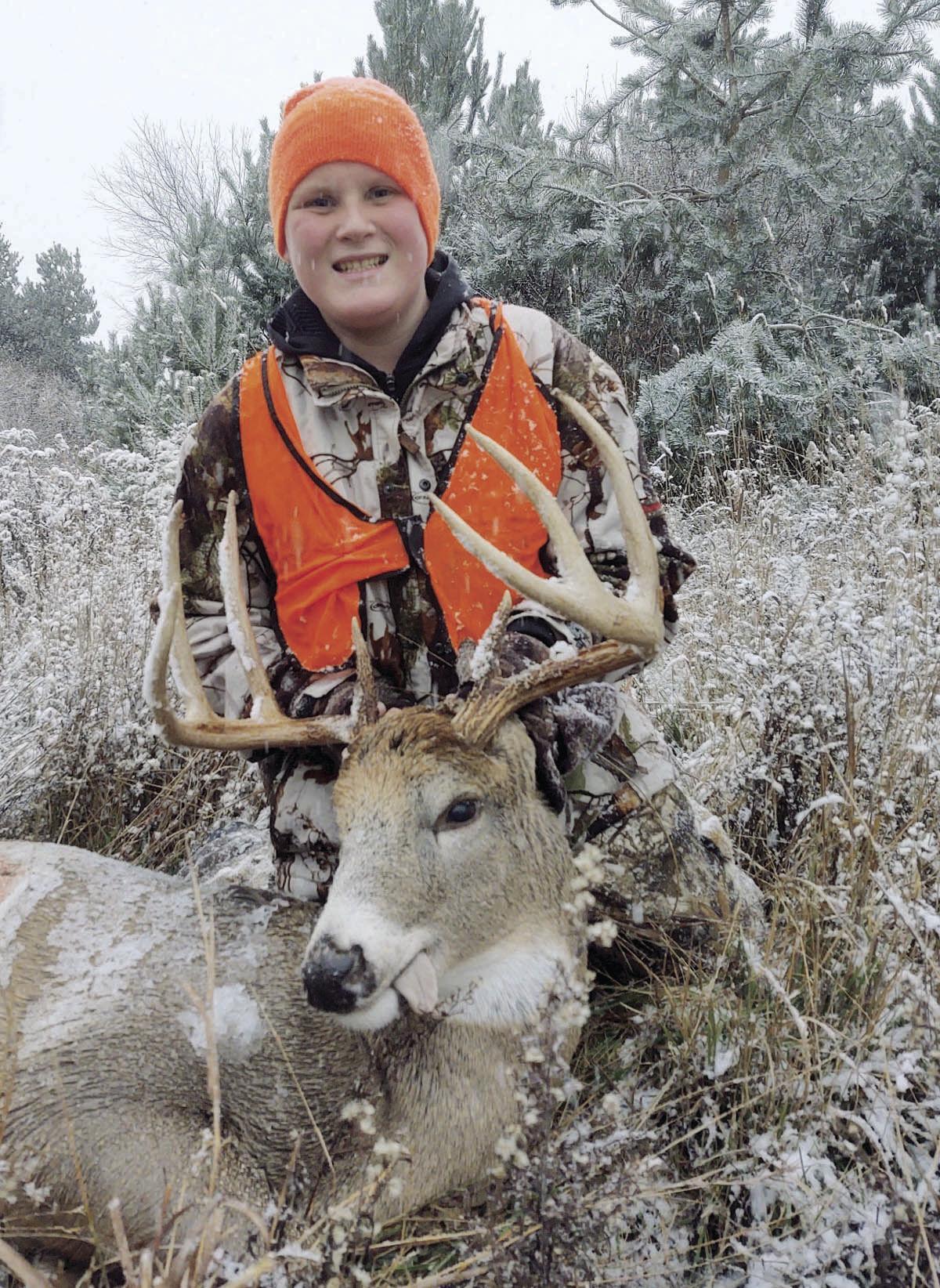 112120-ldn-outdoor-deer2.jpg