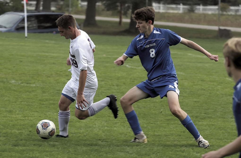 10-17-21.wb.mont soccer 4.jpg
