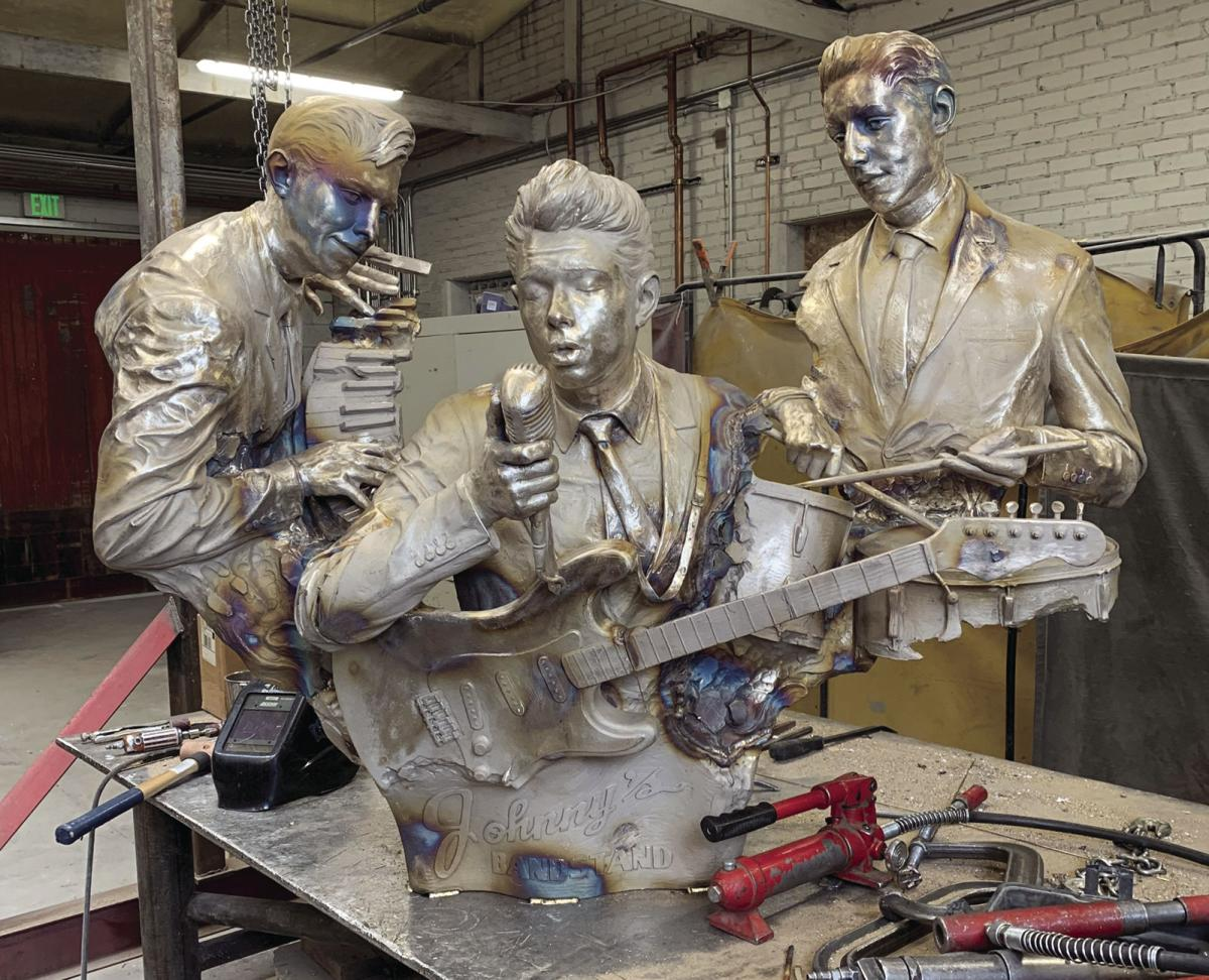 Custer sculpture