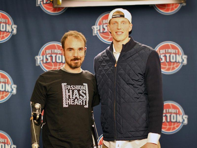 Eric Lund meets Kyle Singler