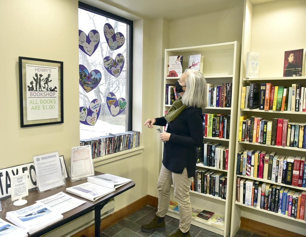 'I'm thrilled.' Patrons happy as Clinton's Henry Carter Hull Library opens to public