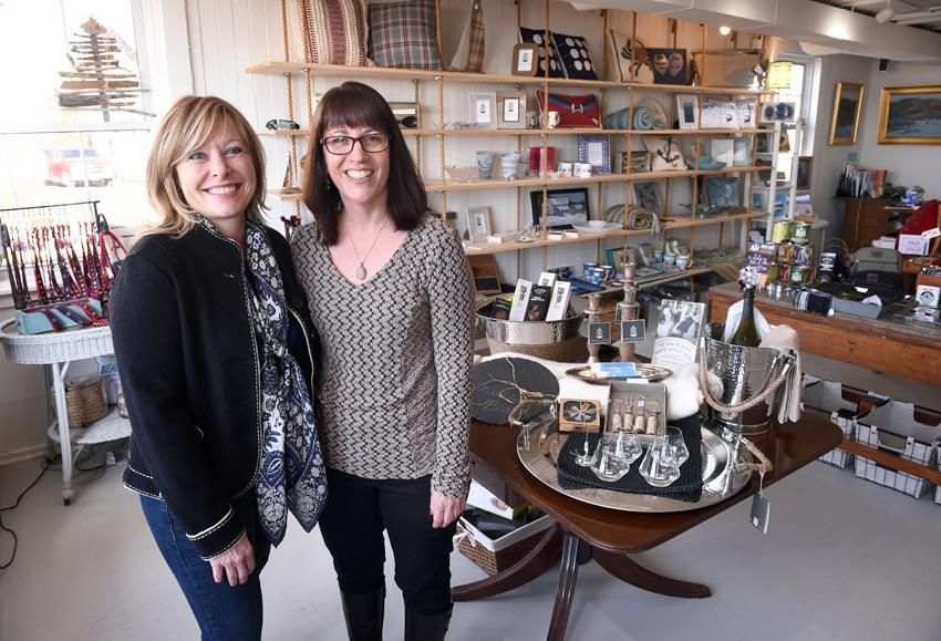 Summer in January? New shop focuses on the best Stony Creek has to offer