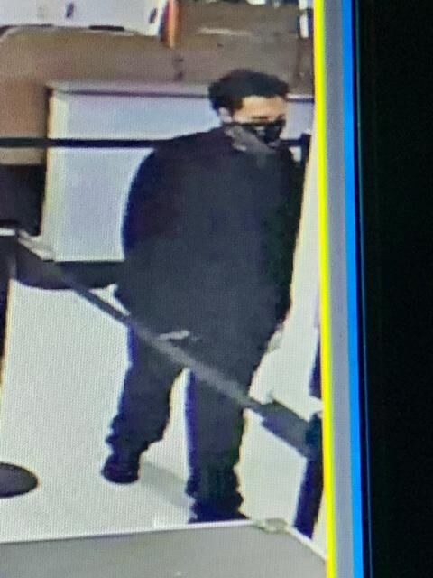East Haven police investigating robbery of People's Bank branch