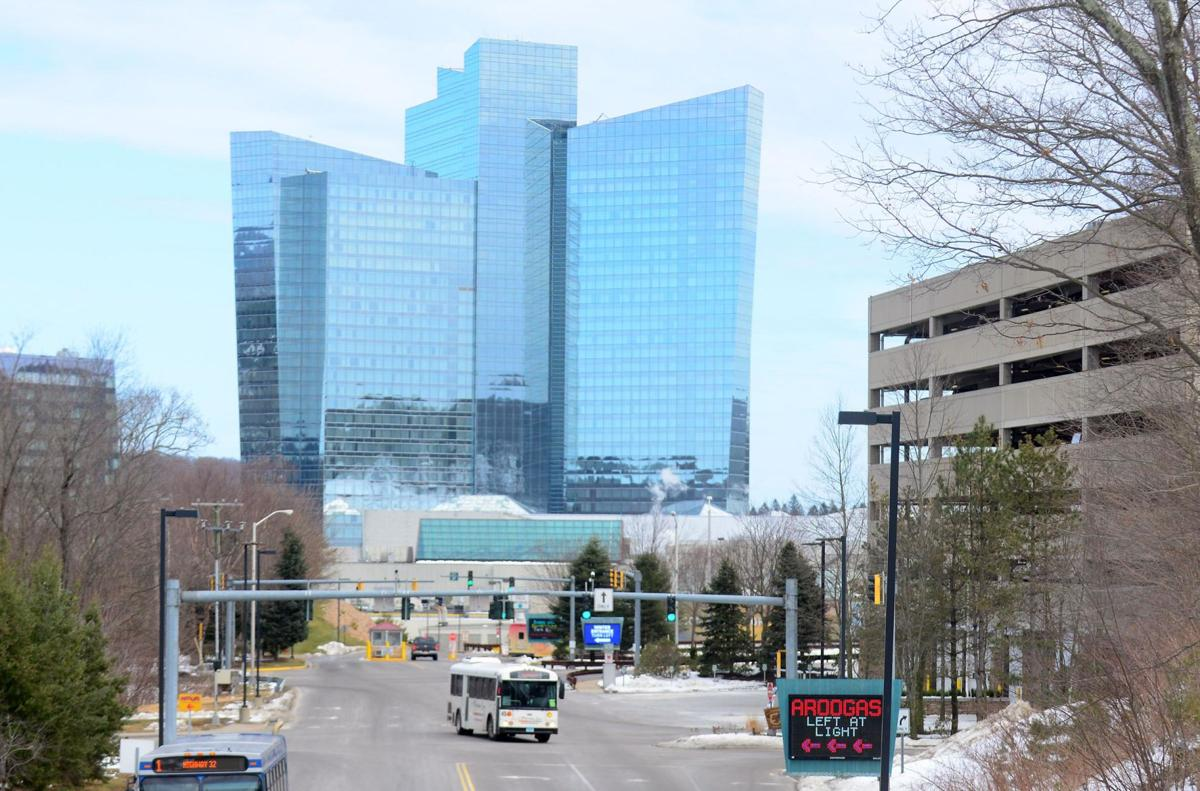 Mohegan Sun extends closing; Foxwoods doubts reopening by holiday
