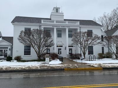 Chairwoman: 'Totally dysfunctional' Old Lyme Ethics Commission needs new rules